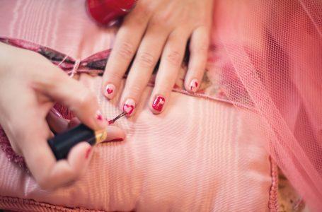 Mainile – cartea de vizita a femeilor