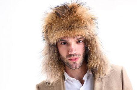 Căciuli de blană pentru bărbați călduroase, pentru iernile friguroase