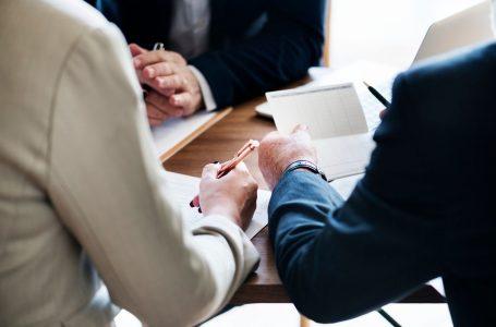 Ce calitati trebuie sa indeplineasca un notar si cum trebuie sa alegi cabinetul notarial potrivit?