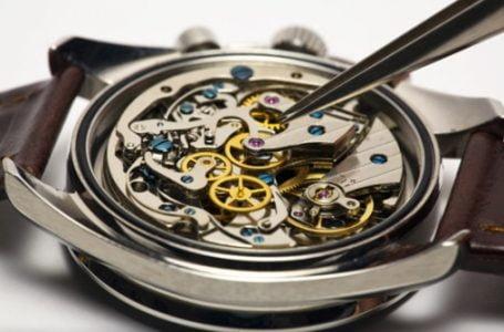 Ceasuri mecanice pentru persoane stilate