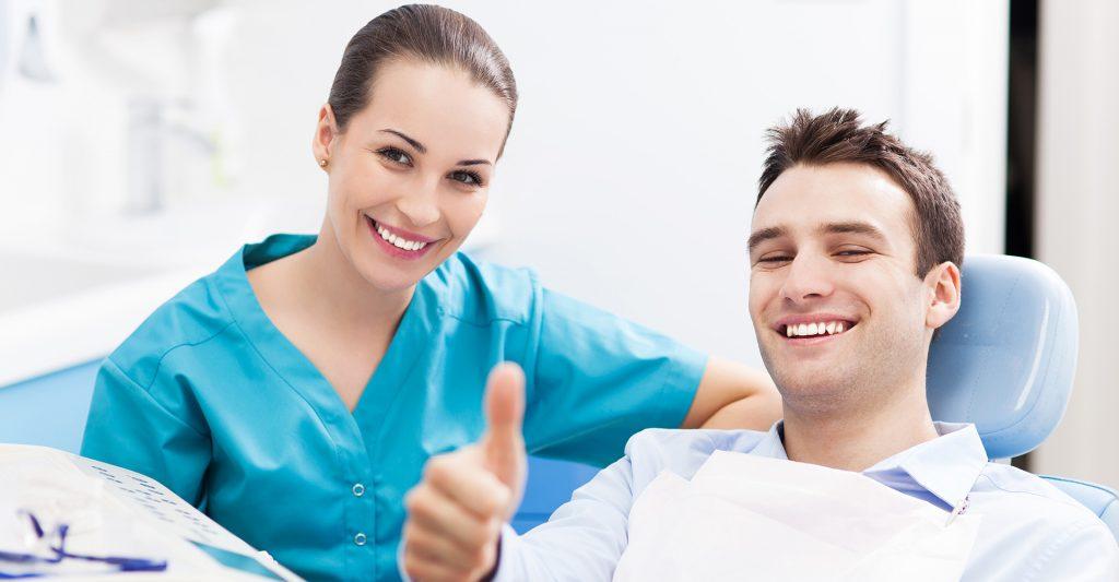 Mergi regulat la stomatolog